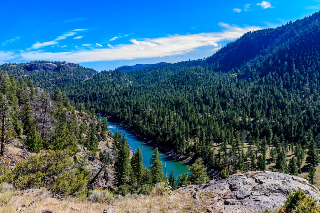 Looking down to the Yellowstone River