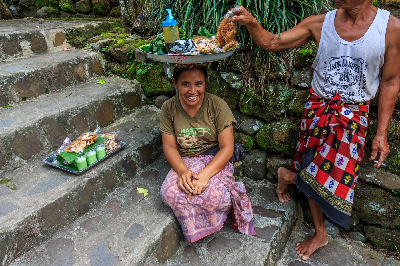 A happy snack lady at Gunung Kawi.