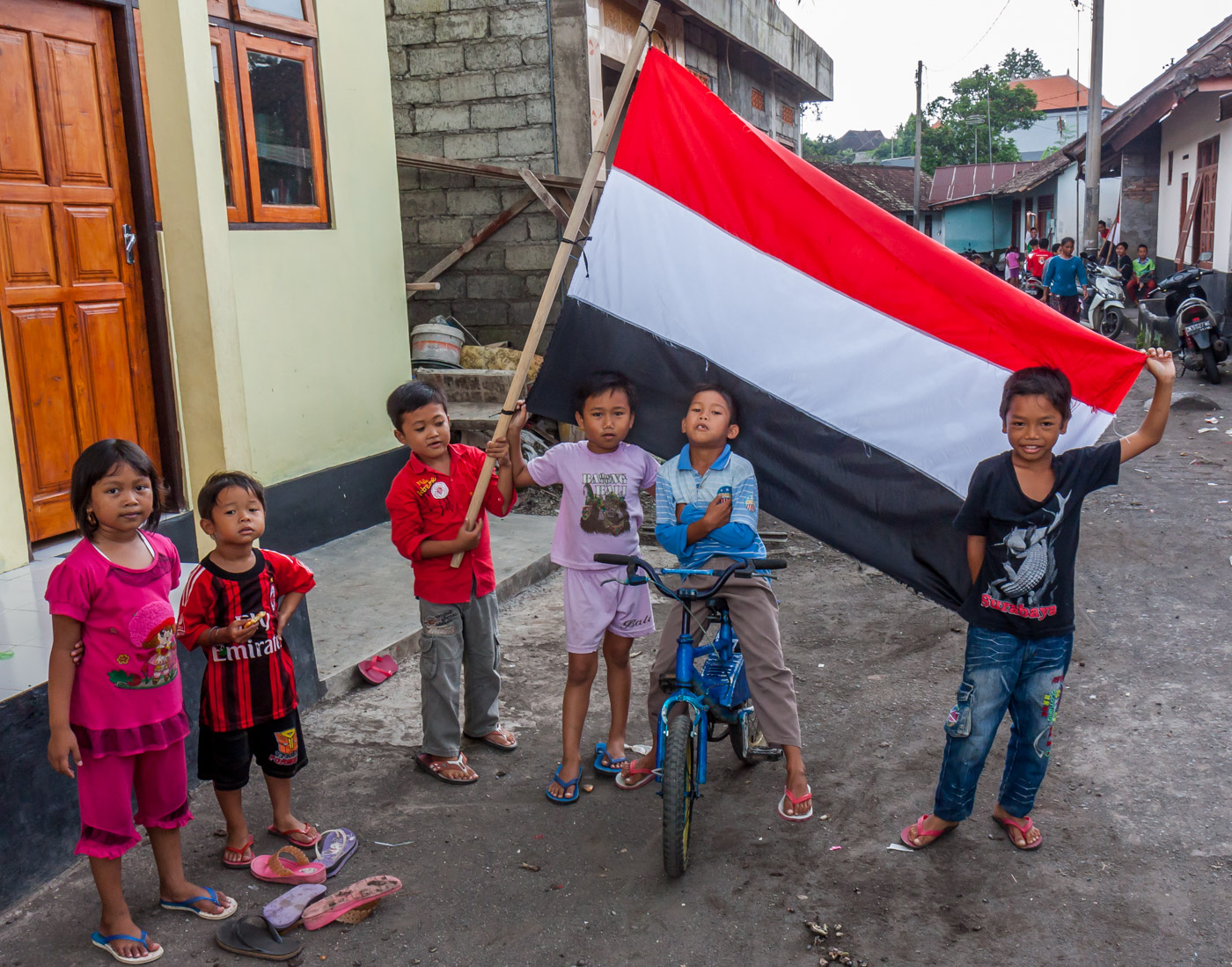 Kids and flag.