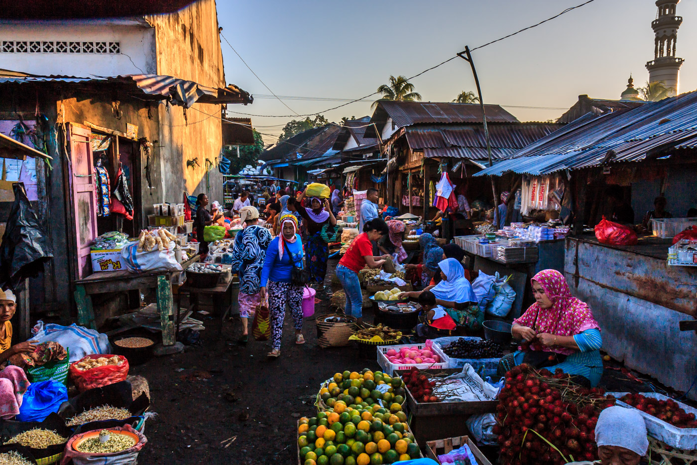 A busy market, somewhere on Lombok.