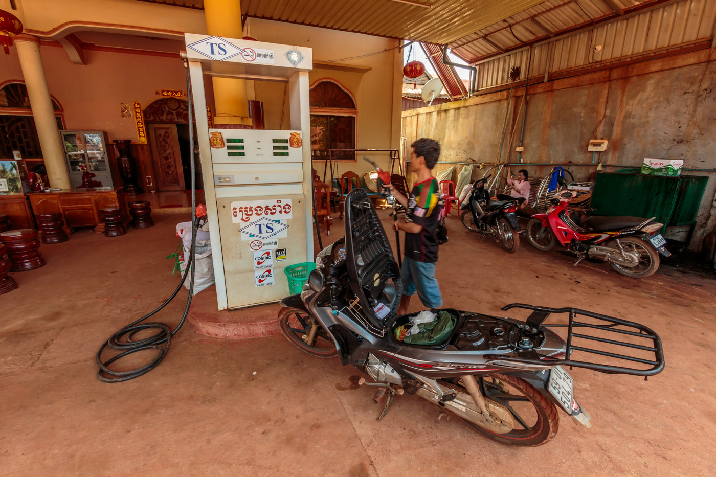 Gas is available everywhere in Cambodia, even in the middle of nowhere.
