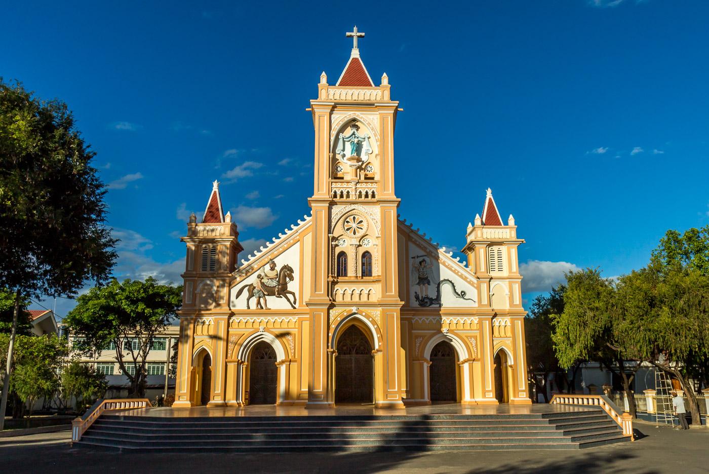 Kon Tum's church.