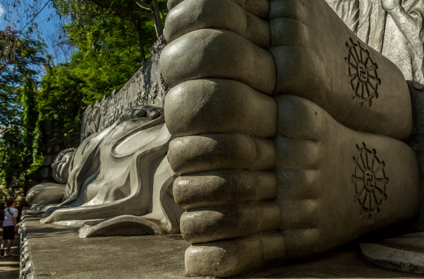 Buddha has some big feet.