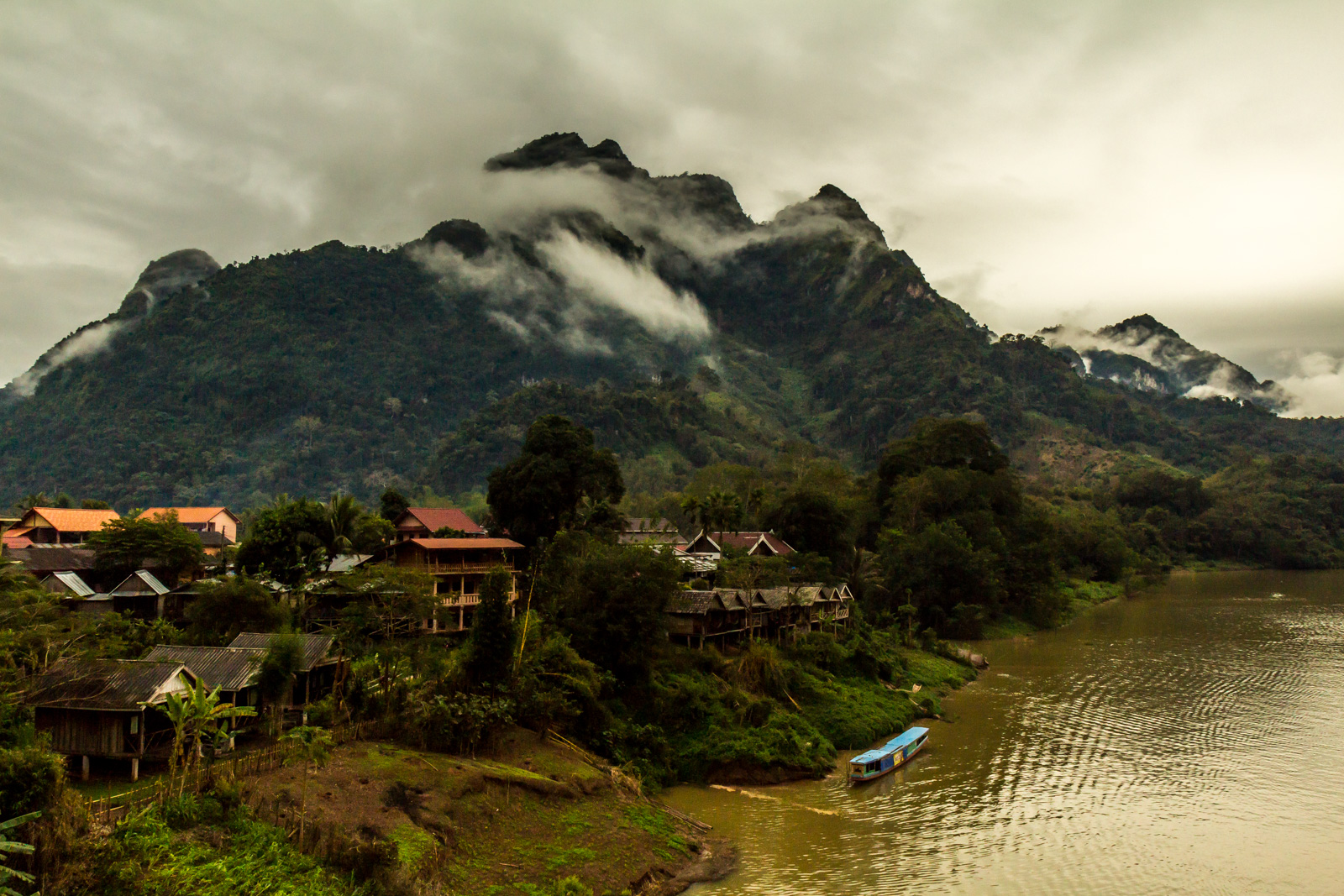 Nong Khiaw in the misty morning.