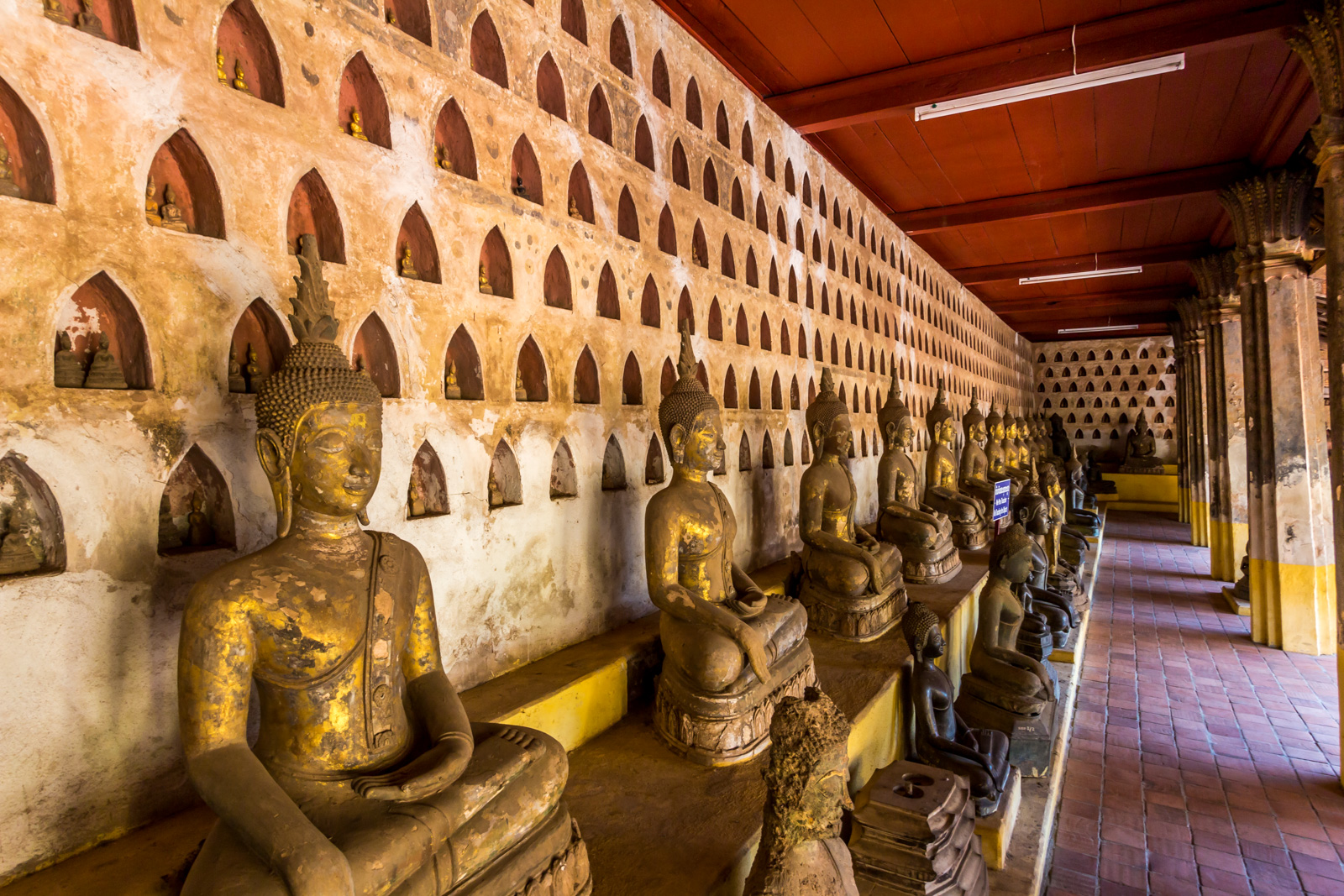 The Buddhas of Wat Si Saket.